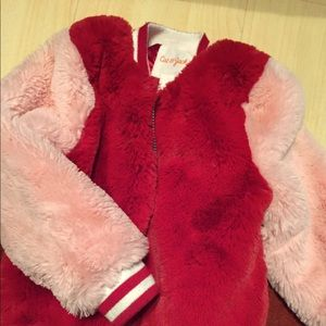 Cat & jack girl jacket red and pink color,size 3